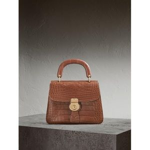 Burberry DK88 Top Handle | ALLIGATOR